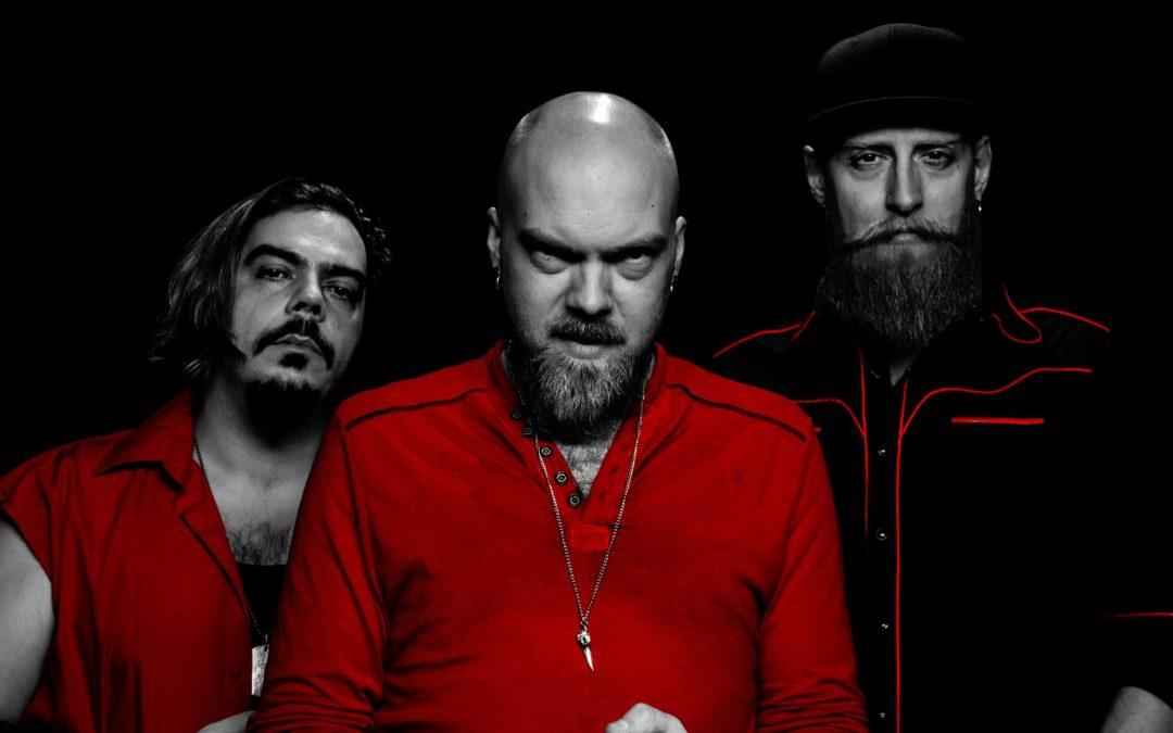 Vinyl Hero's – Vultures (Music Video)