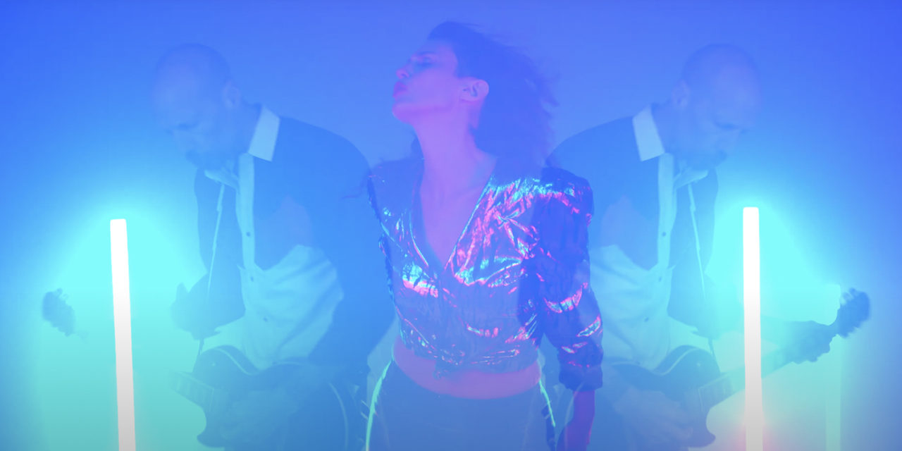 Queens & Kings – I'm Beggin' (New Music Video)